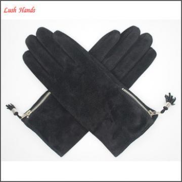 2016 lady's black pig suede gloves with tassels on gloves side