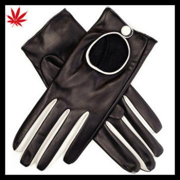 Black and white women leather driving gloves