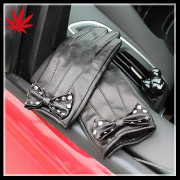 Ladies leather gloves black car driving with stud bow in China factory