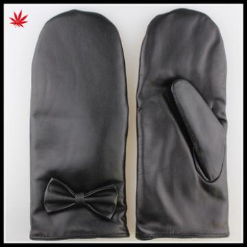 High Quality Geniality touchscreen mitten leather gloves with Leather bowknot