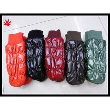 women corlor cheap feather cloth mittens hand gloves
