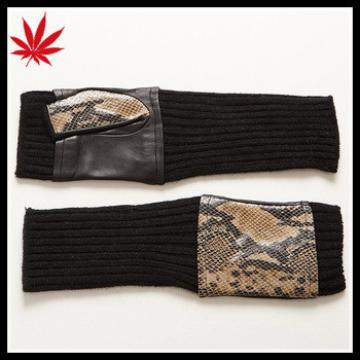 Ladies mid-long snake priting nappa gloves with cashmere gloves cuff