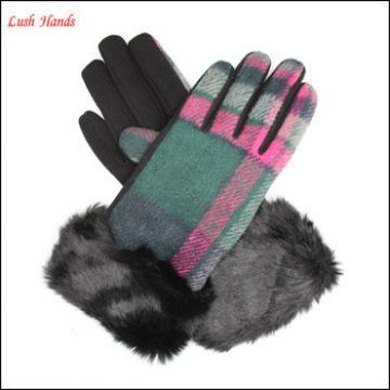 Warm plaid woolen gloves with fur cuff for women