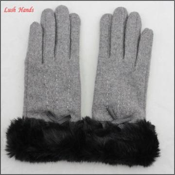 Fashion ladies fur-cuff soft touch-screen woolen gloves with fur cuff for wholesale