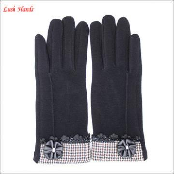 2016 fashion new spandex velvet gloves decorated with lovely leather flower