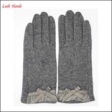 2016 women's grey woolen gloves with lace bow for wholesale