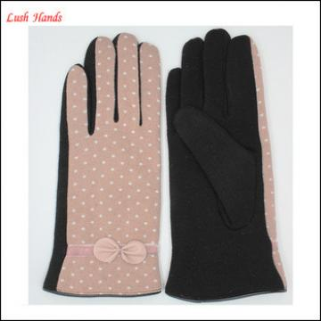 Girls and women's gloves Beige white fabric and black velvet with pink leather bow