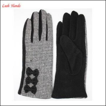 Fashion ladies checkered cloth woolen gloves with bows for wholesale
