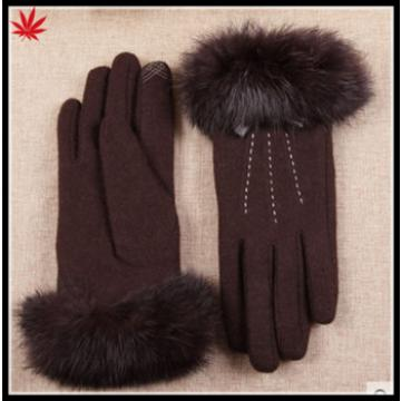 The new women's 2016 touch-screen woolen gloves with fake fur