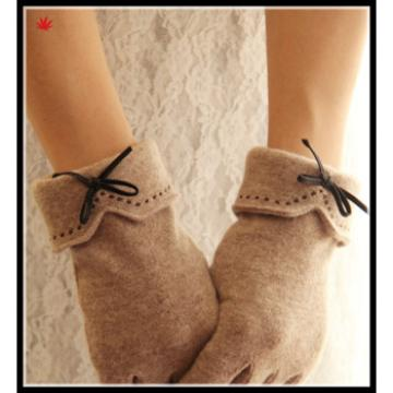 ladies delicate woolen gloves with little bow for wholesale