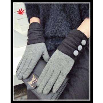 2016 popular inexpensive woolen warm gloves with buttons