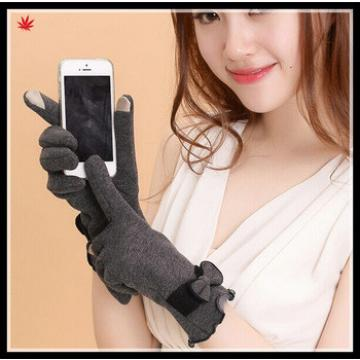 fangle ladies gray suede gloves with delicate cuff
