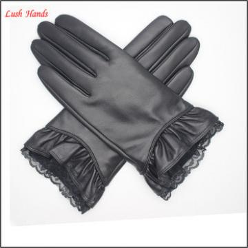 2016 Lady black genuine sheepskin touch-screen gloves with lace cuff