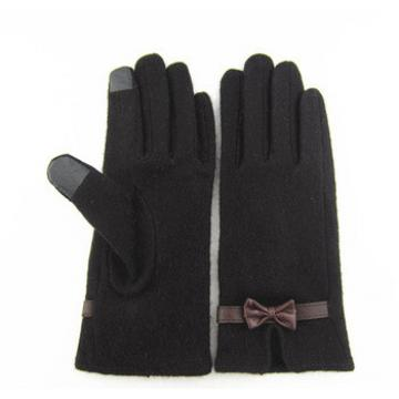 2015 Wholesale Black Touch Screen WOMEN WOOL Gloves with Butterfly on the Back