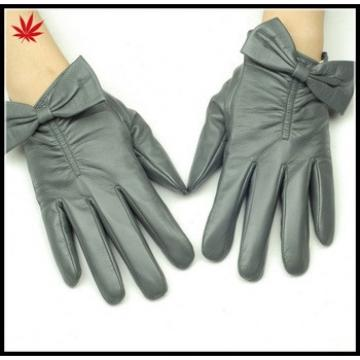 Women 's nappa sheepskin leather gloves with Bow details