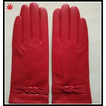 2016 custom personalized red winter gloves for women