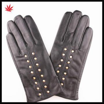 Ladies high quality fashion sheep leather gloves with rivet