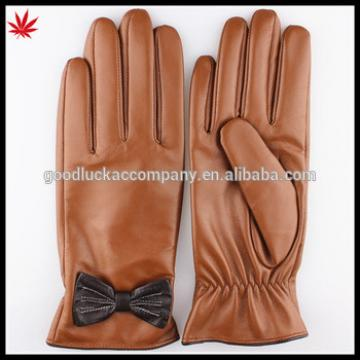 2015 Custom made women draped sheepskin leather gloves with bow