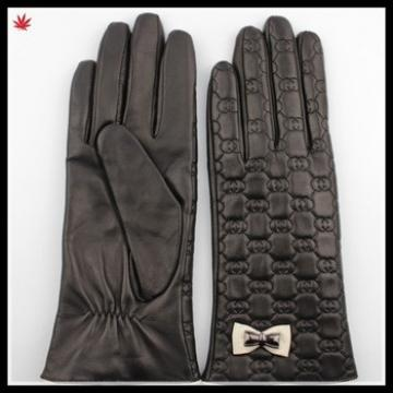 Women leather gloves high fashion embroidery leather gloves