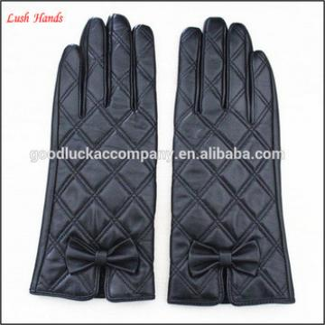 Ladies cheap hand gloves with bowknot for winter