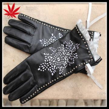 Fancy leather gloves women with engraving laser and studs
